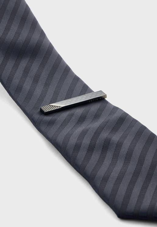 Pavlo Carbon Fibre Textured Tie Bar