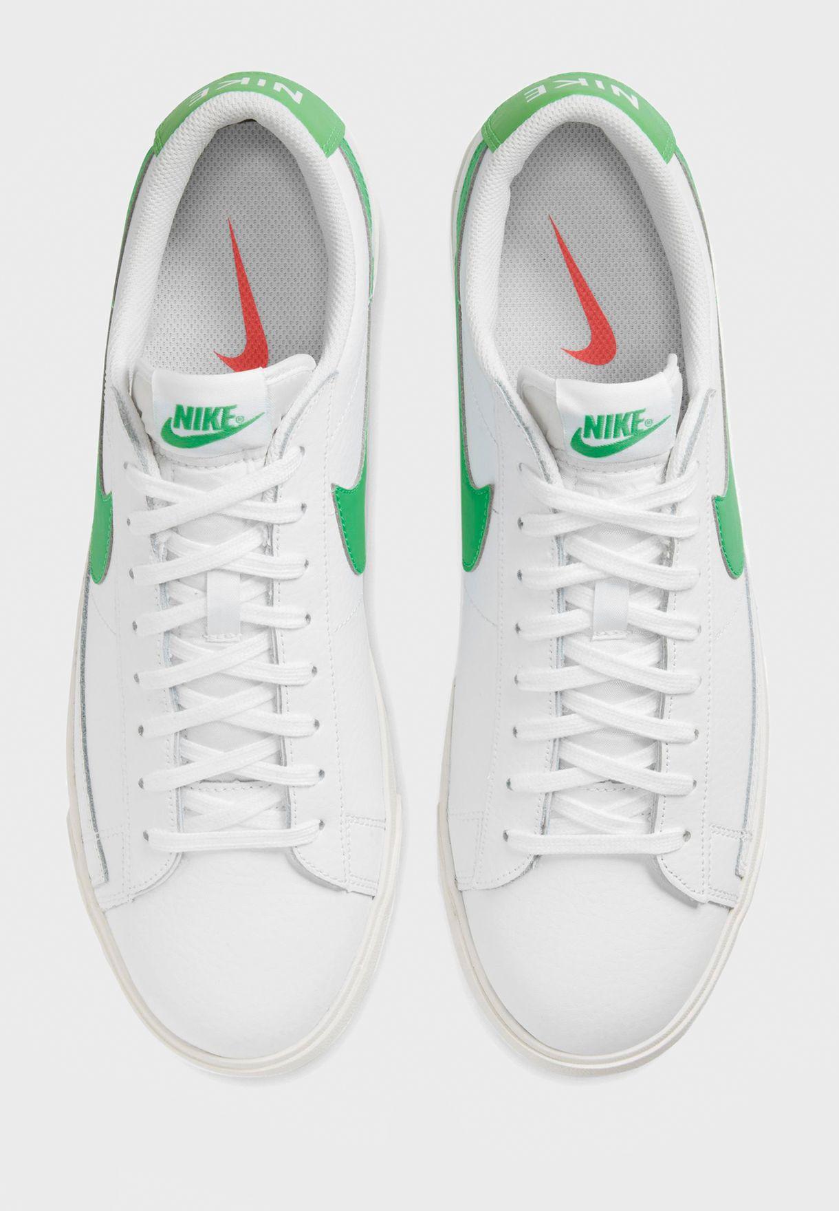 حذاء بليزر لو ليذر