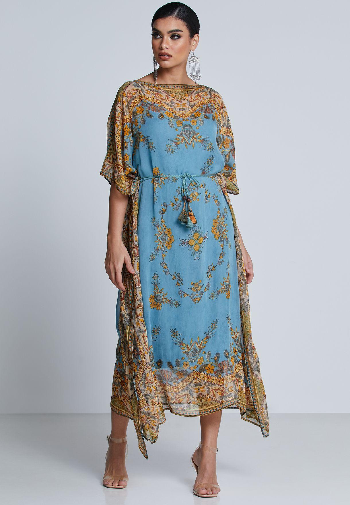 فستان بطبعات ديجيتال