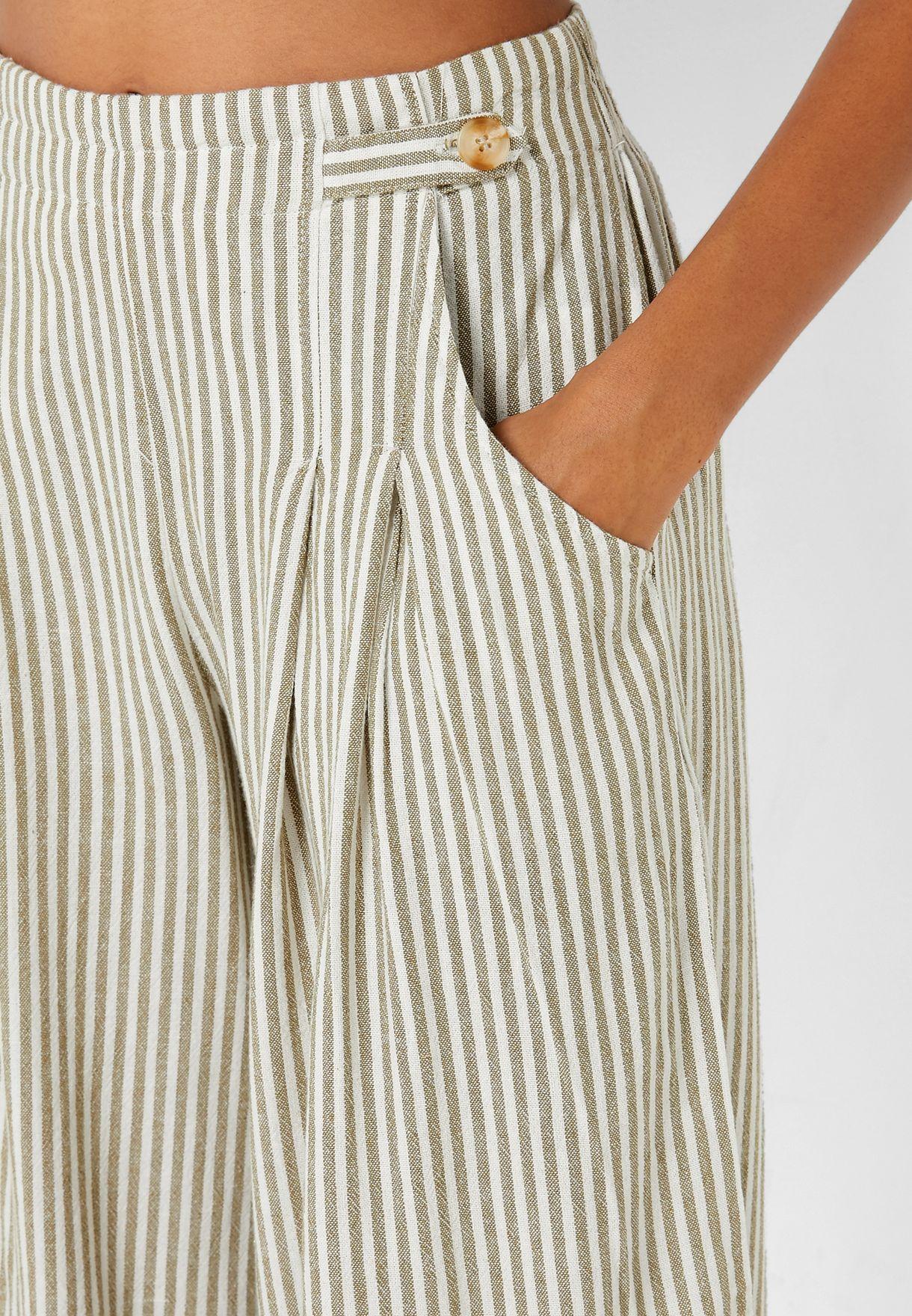 Button Detail Culotte Pants
