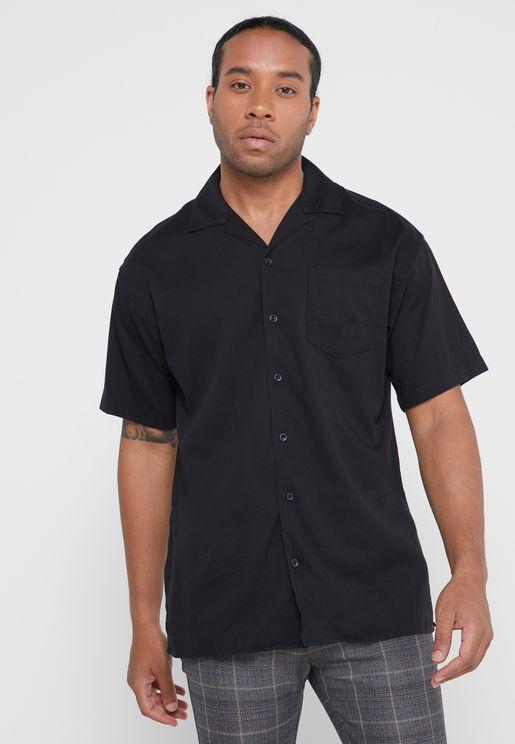 قميص واسع