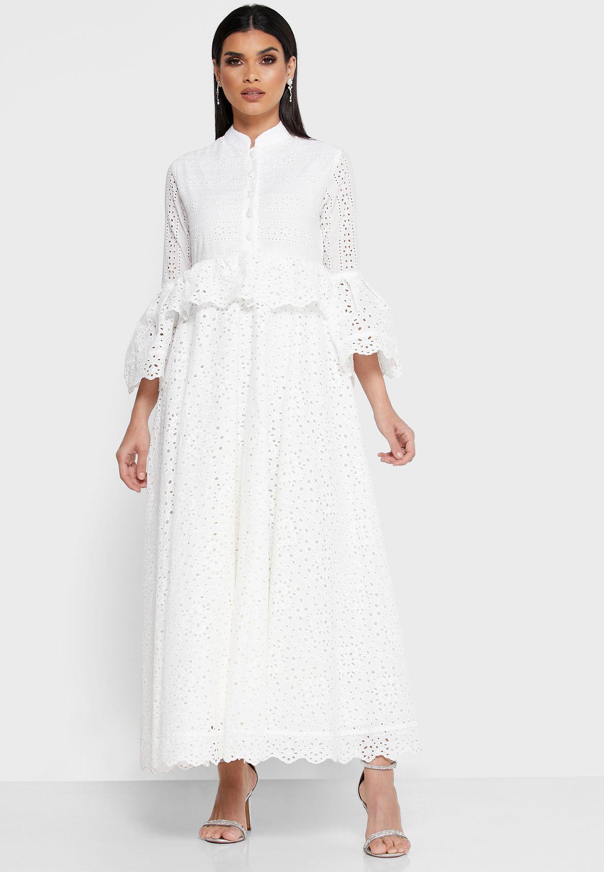 فستان شفاف