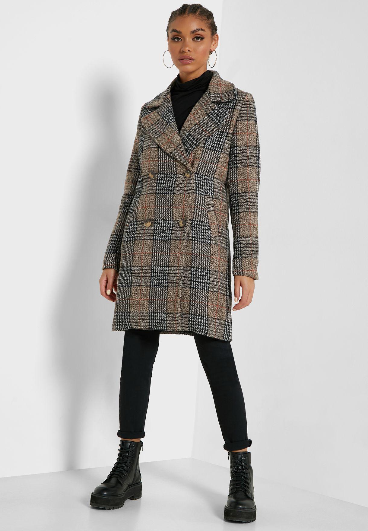 معطف بطبعة مربعات