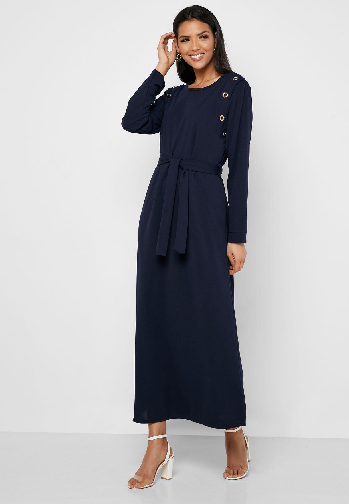 فستان بأربطة عند الخصر