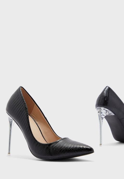 Distraction Ankle Strap Pump