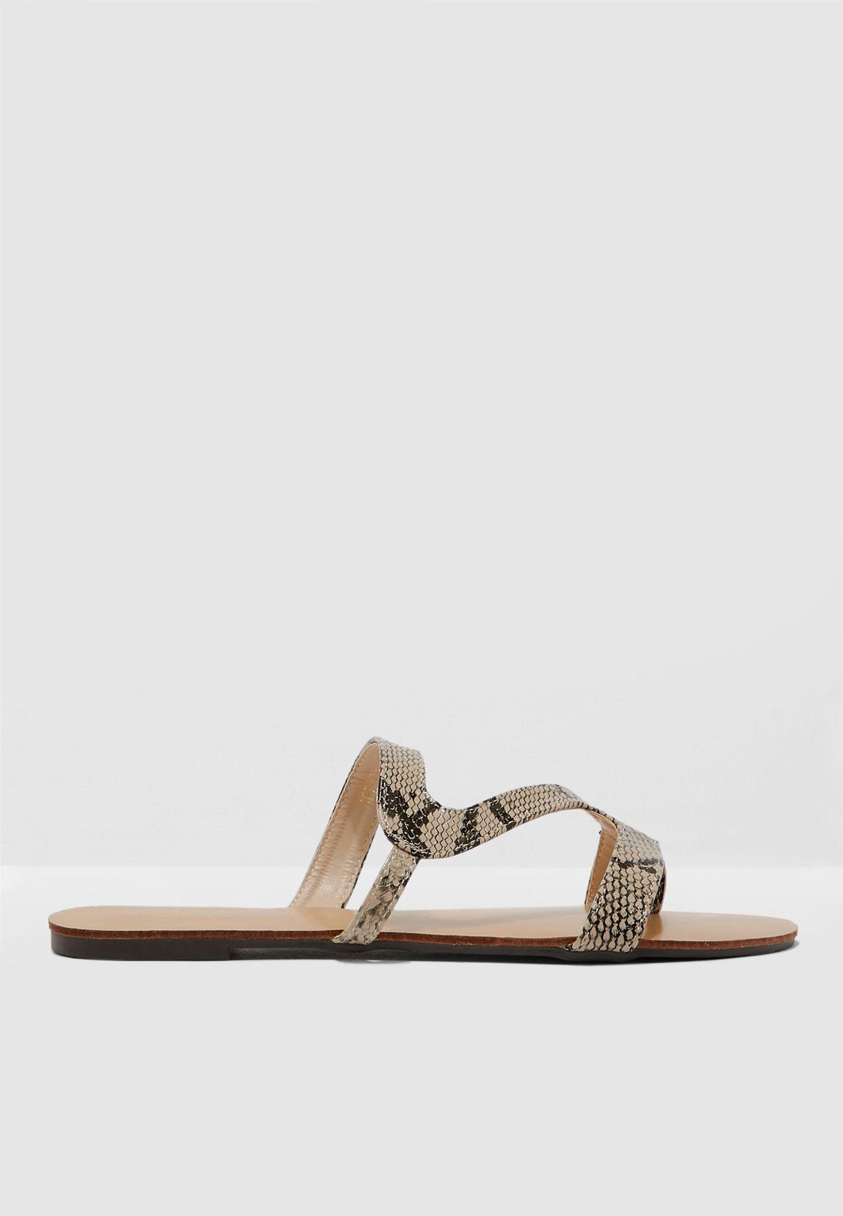 Design Front Sandal
