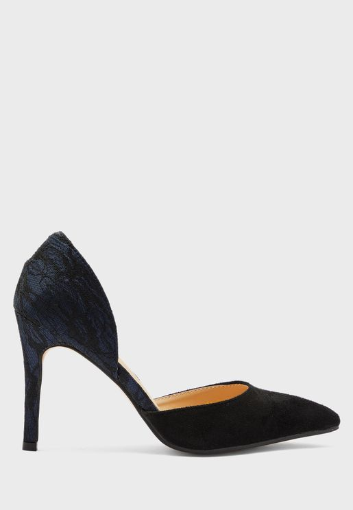 Contrast Panel Pumps