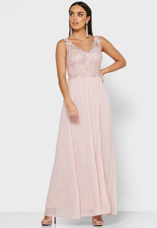 فستان باجزاء كروشيه