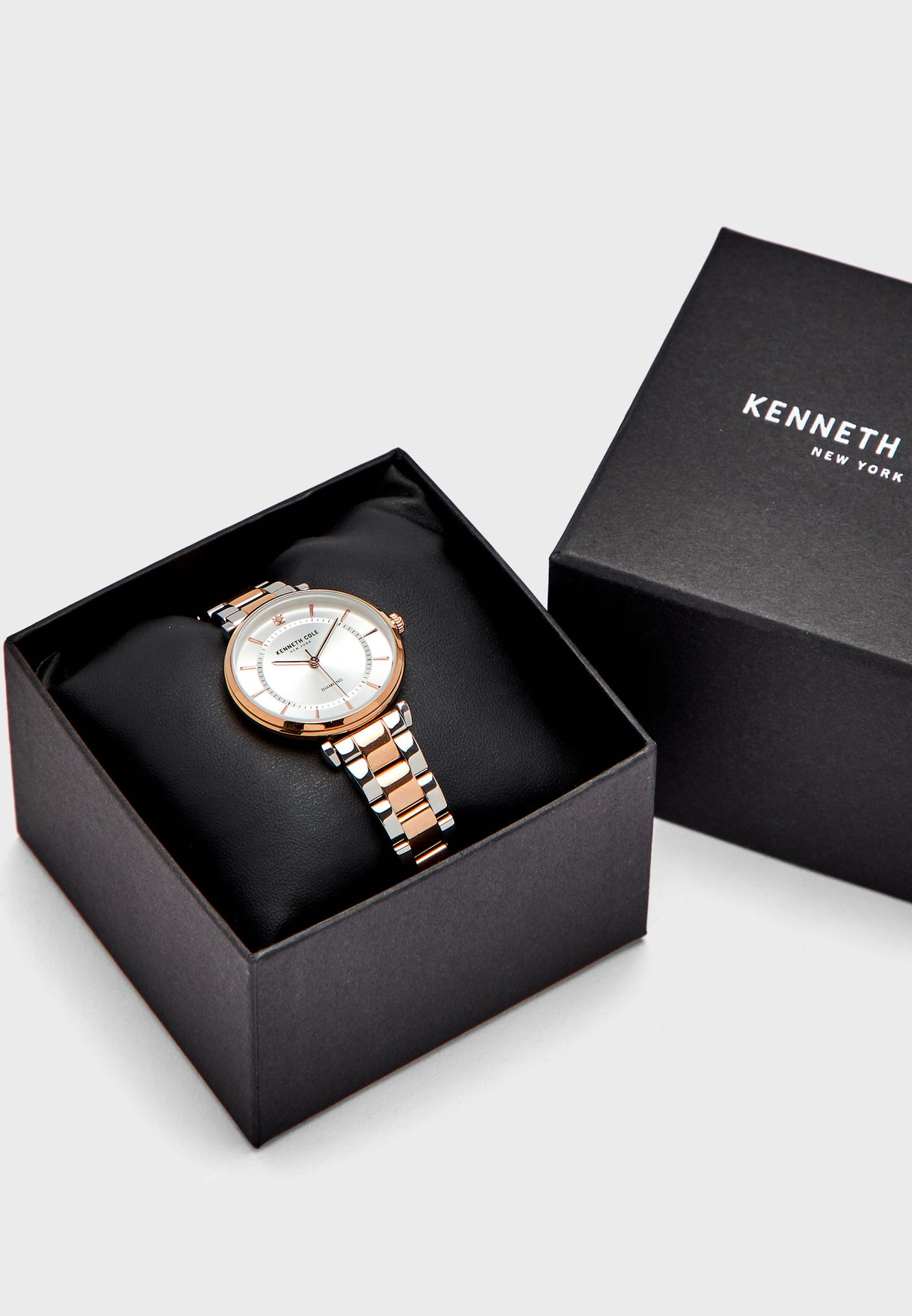 KC51114004 Analog Watch