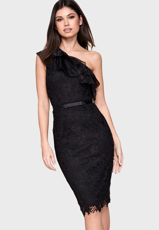 فستان بكتف واحد ومزين بفيونكة