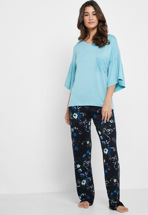 T-Shirt & Printed Pants Pyjama Set