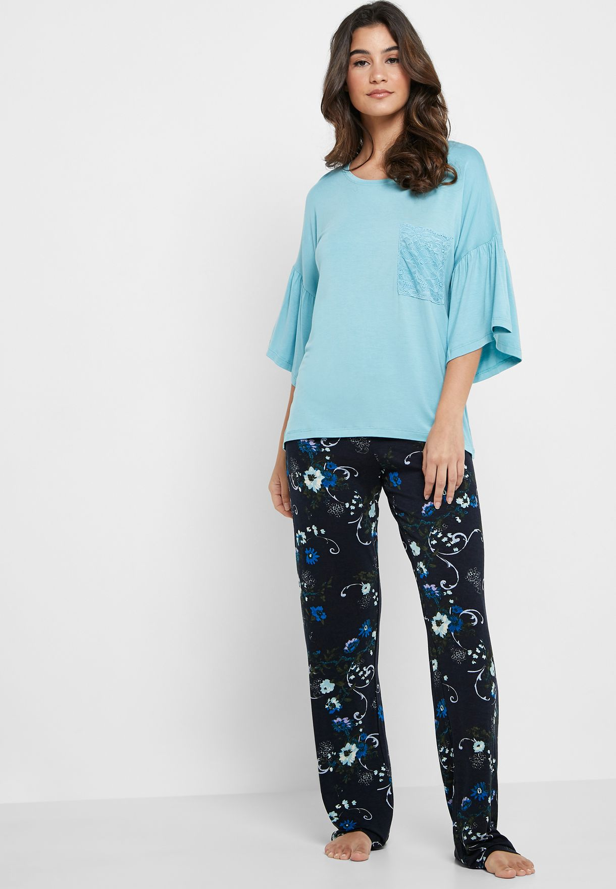 4b6fcd7a64 Shop Catherine multicolor T-Shirt & Printed Pants Pyjama Set ...