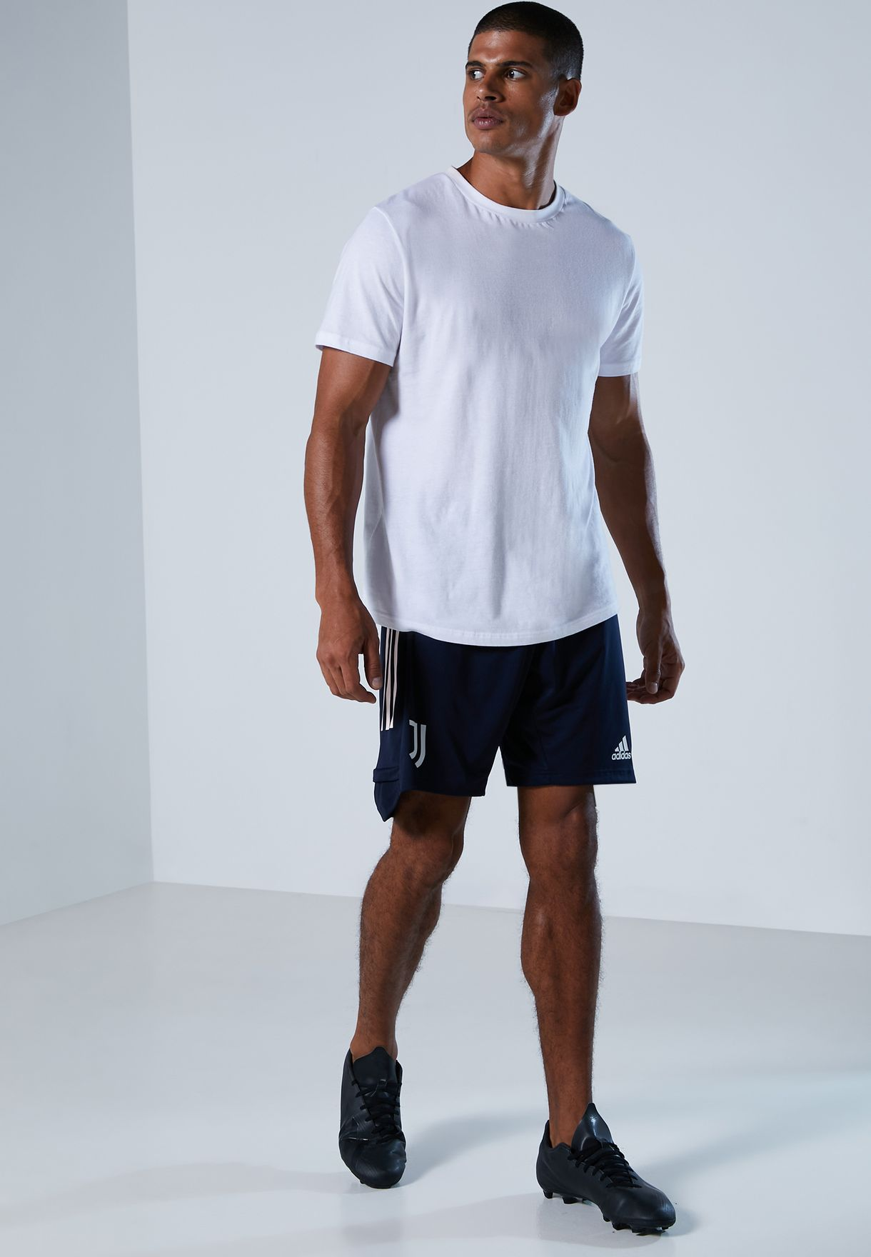 Juventus 3 Stripe Shorts