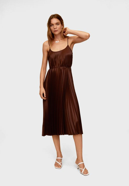 Tie Waist Pleated Dress