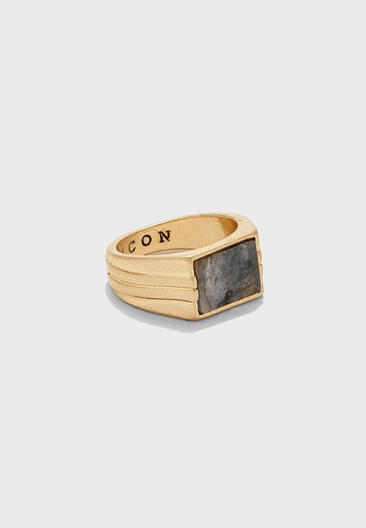 خاتم مربع بحجر