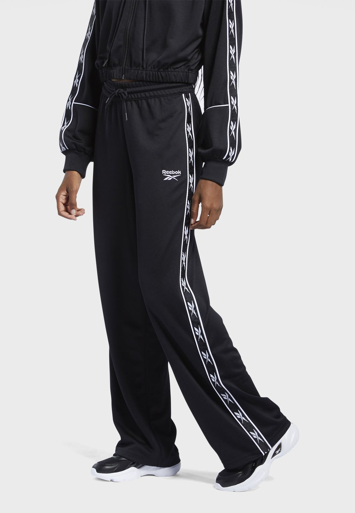 Classics Foundation Poly Wide Tape Sweatpants