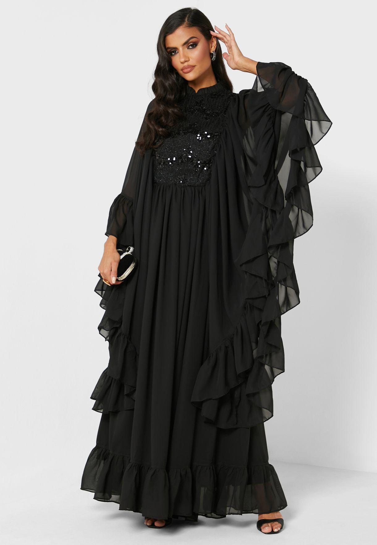فستان بأكمام مكشكشة مرصع بالترتر