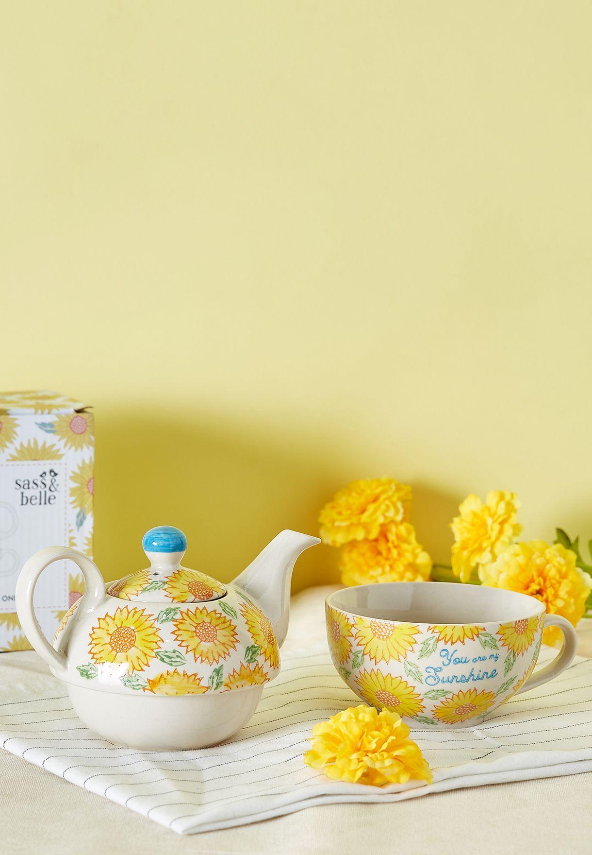 ابريق شاي صغير بطباعة زهور