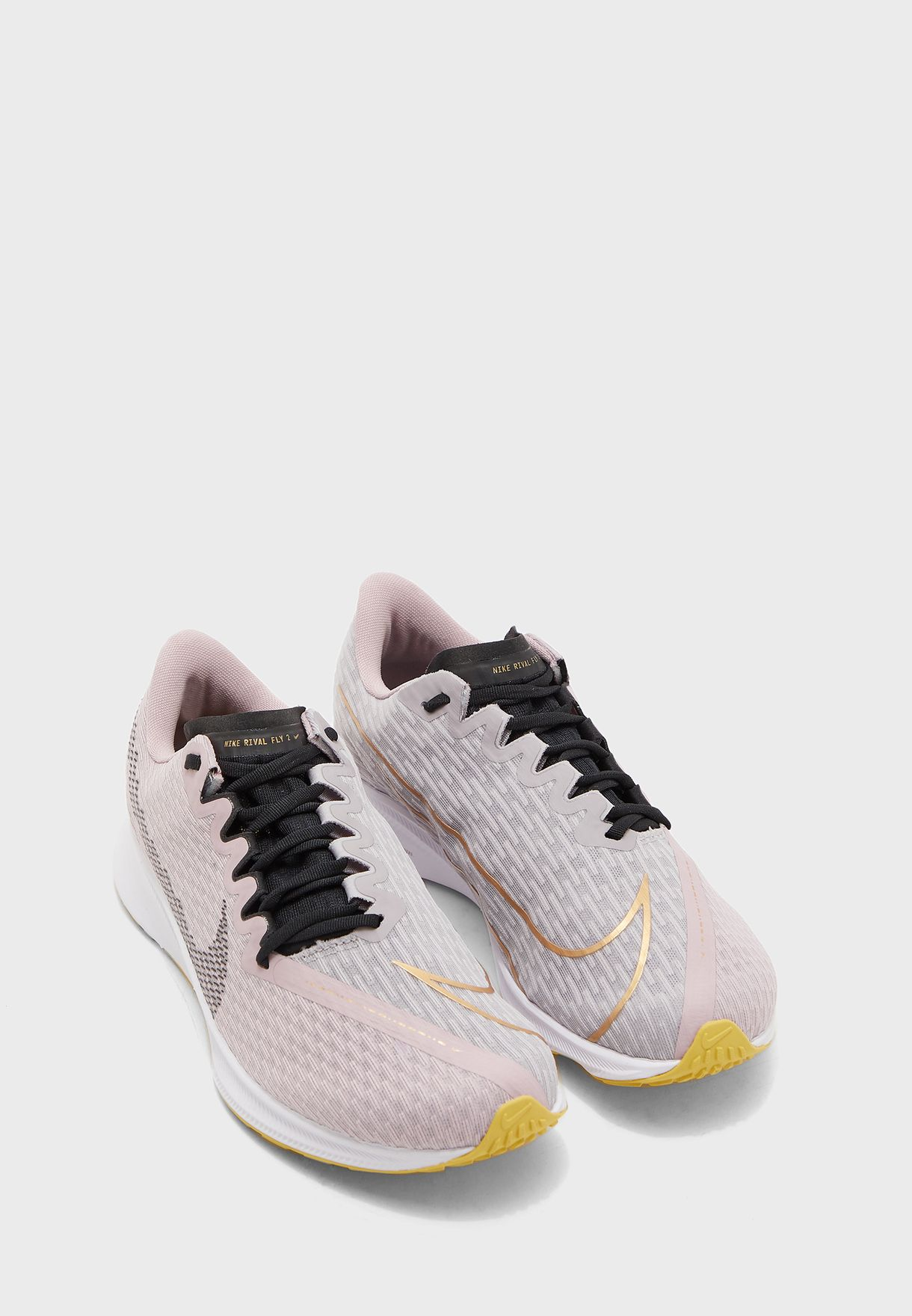 حذاء زوم ريفال فلاي 2