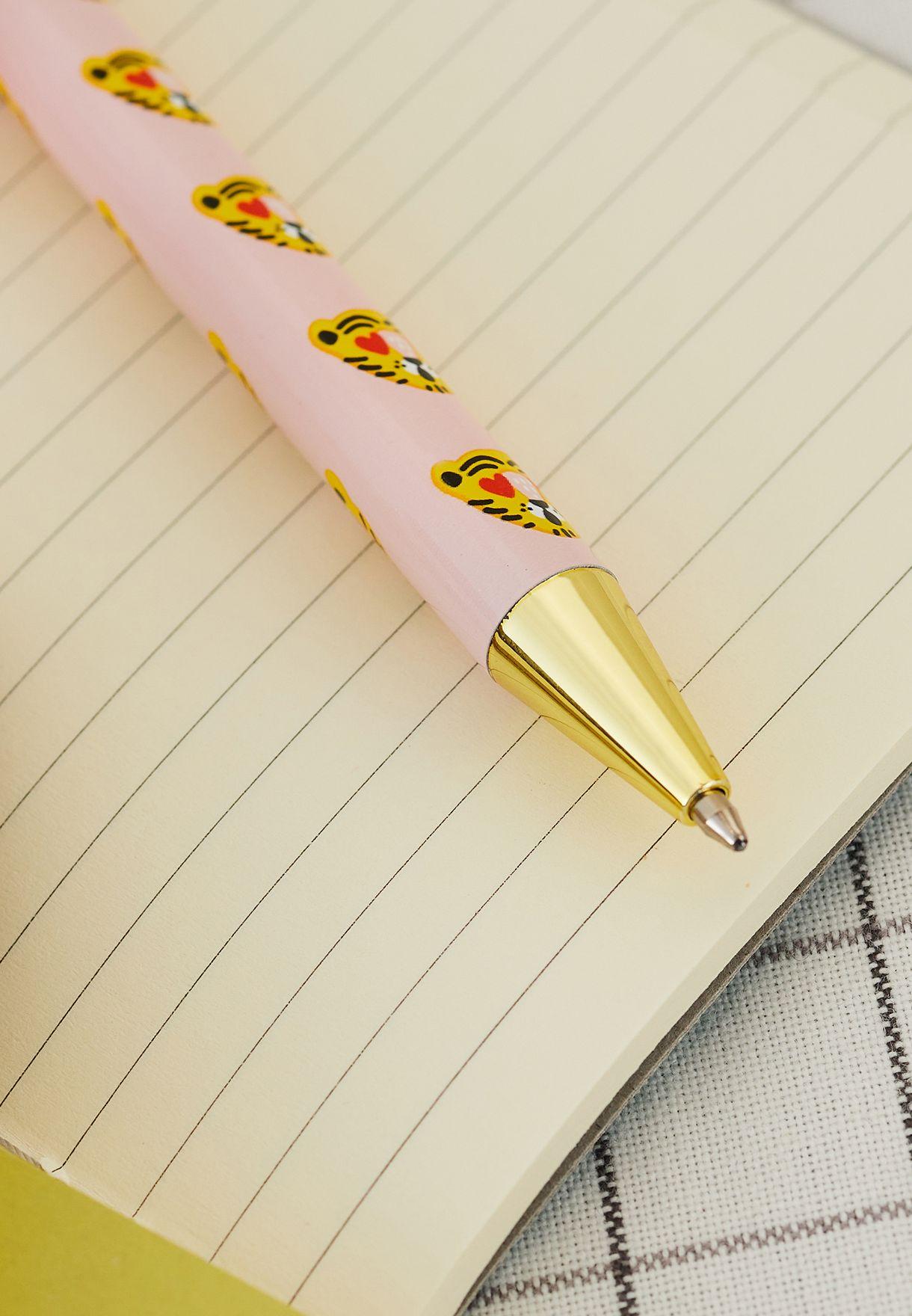 قلم حبر بطباعة نمر