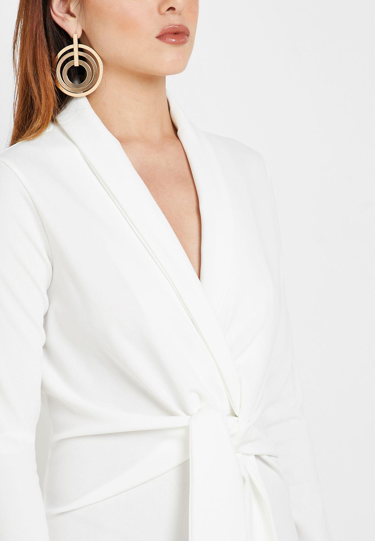 فستان باربطة امامية