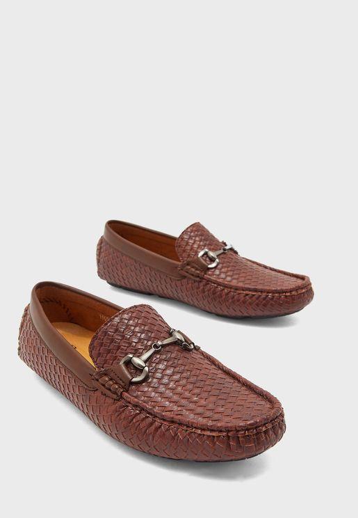 حذاء مريح سهل الارتداء