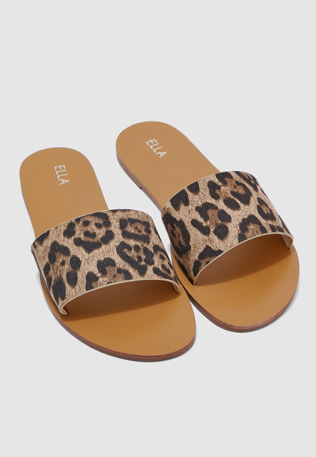 Mule Front Sandal In Leopard Print