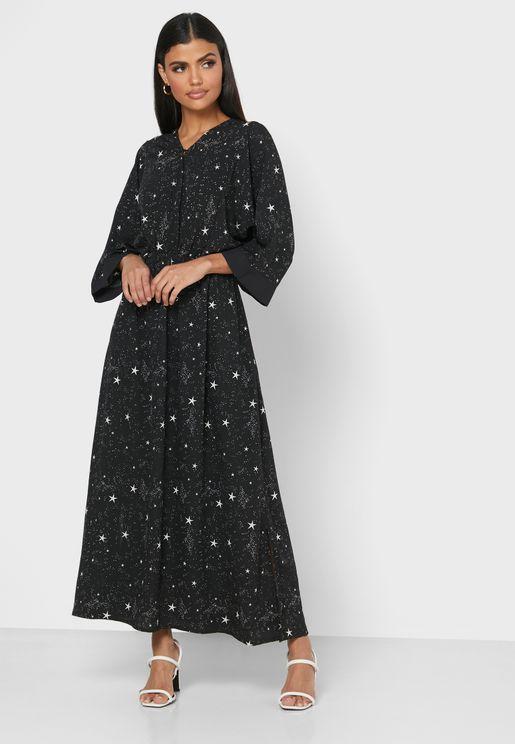 فستان بطبعة نجوم