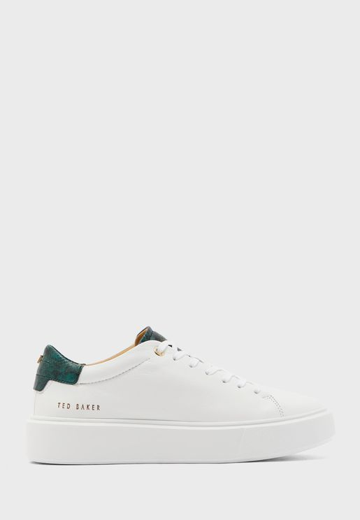 piixie low top sneaker