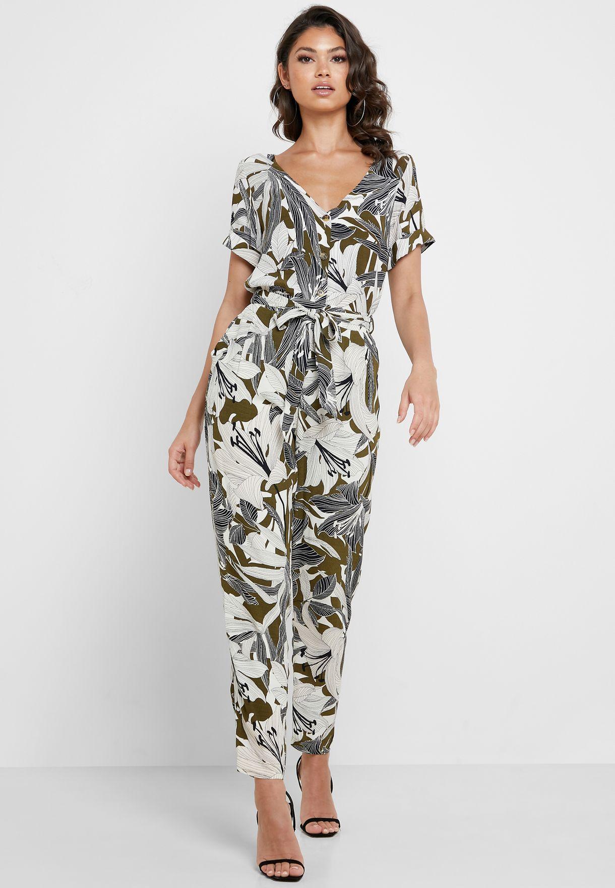 0152dcaf3295 Shop Wallis prints Leaf Print Tapered Pants 245644030 for Women in ...