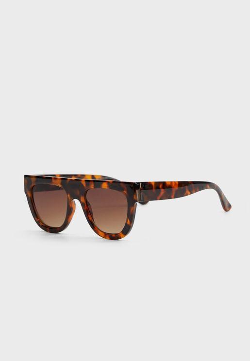 نظارة شمسية بنمط سلحفاة