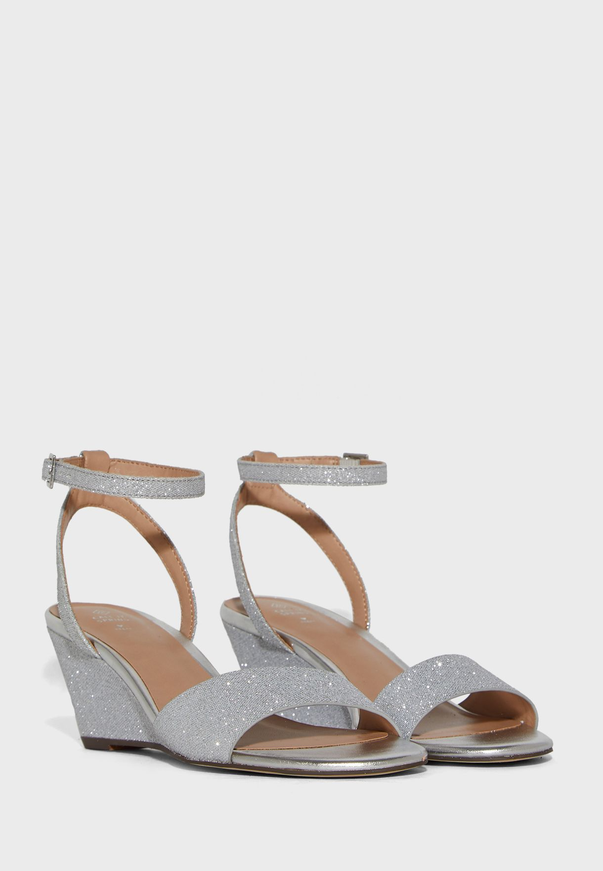 Catch Ankle Strap Wedge Sandal