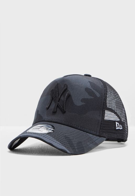 9Forty AF New York Yankees Camo Trucker Cap