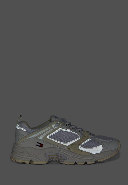 حذاء سنيكرز للركض