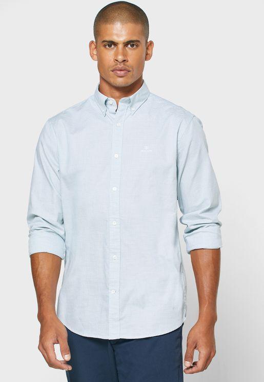 قميص بطبعات خطوط صغيرة