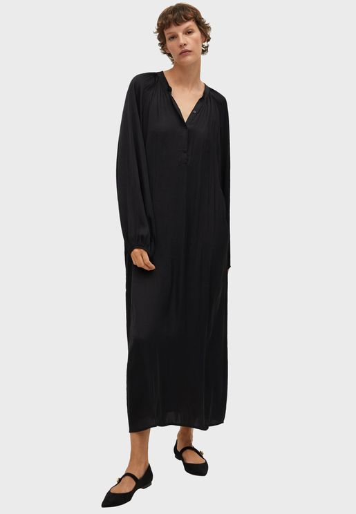 فستان بياقة لف