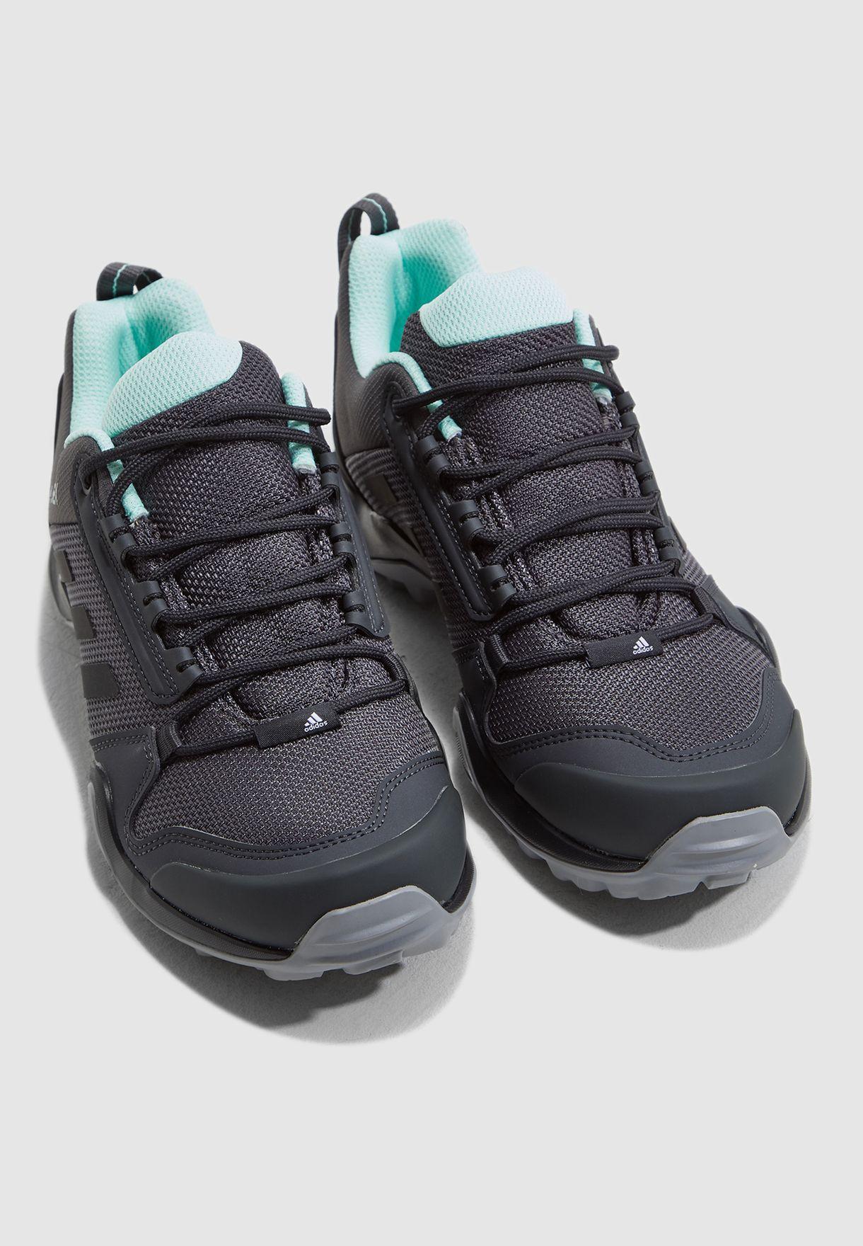 حذاء تيريكس