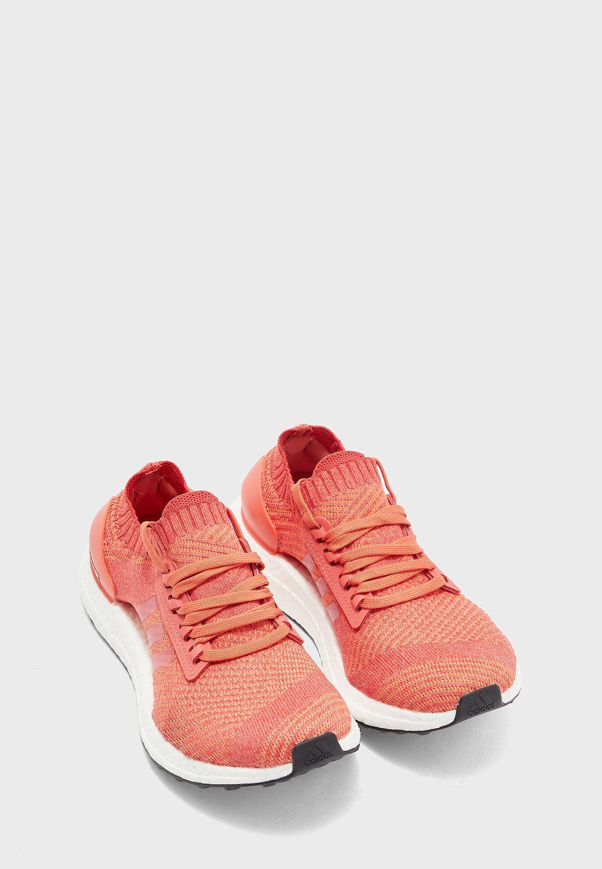 حذاء الترا بوست اكس