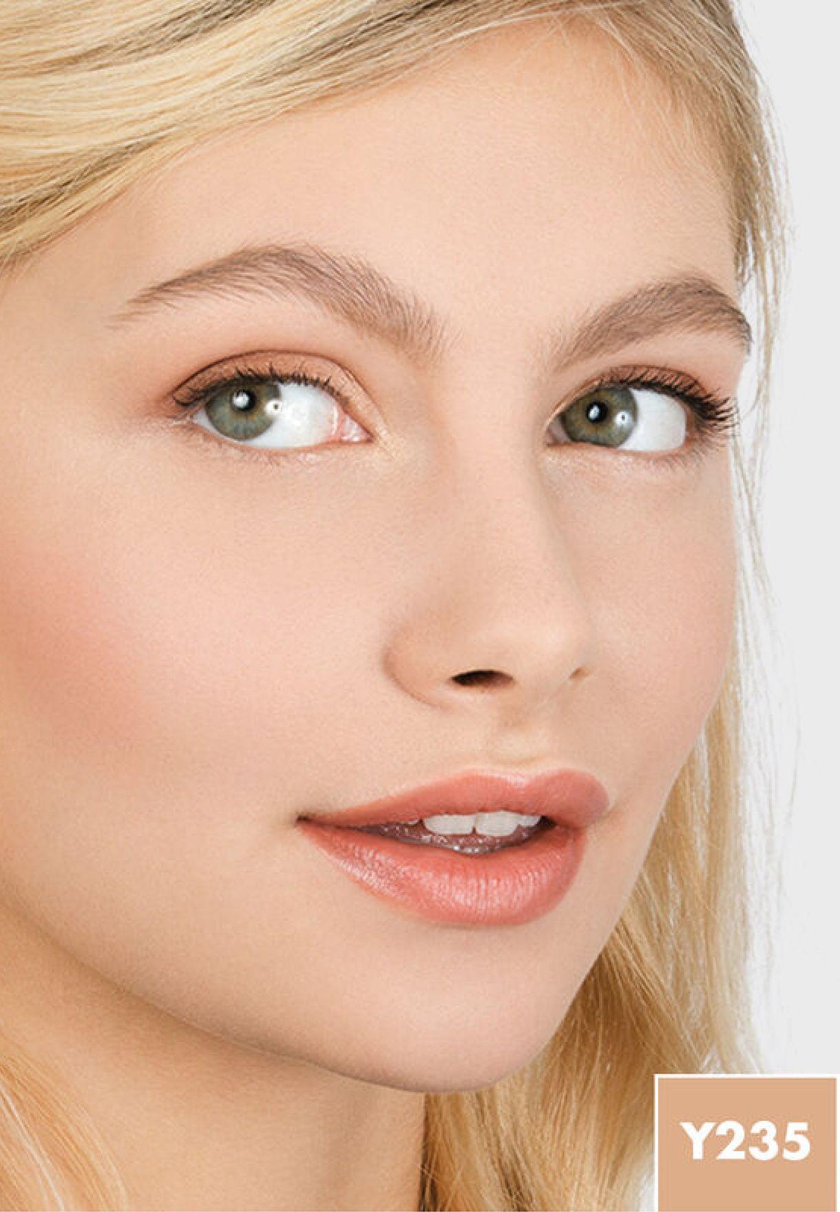 Matte Velvet Skin Compact Y235 Ivory Beige