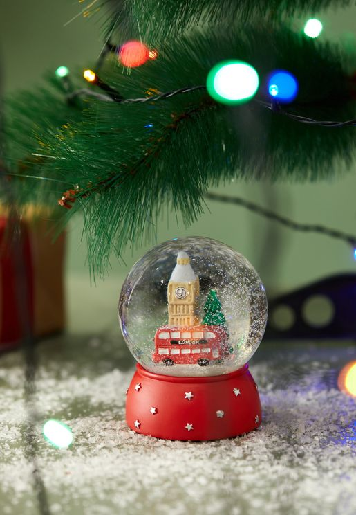 كرة ثلجية لمدينة لندن
