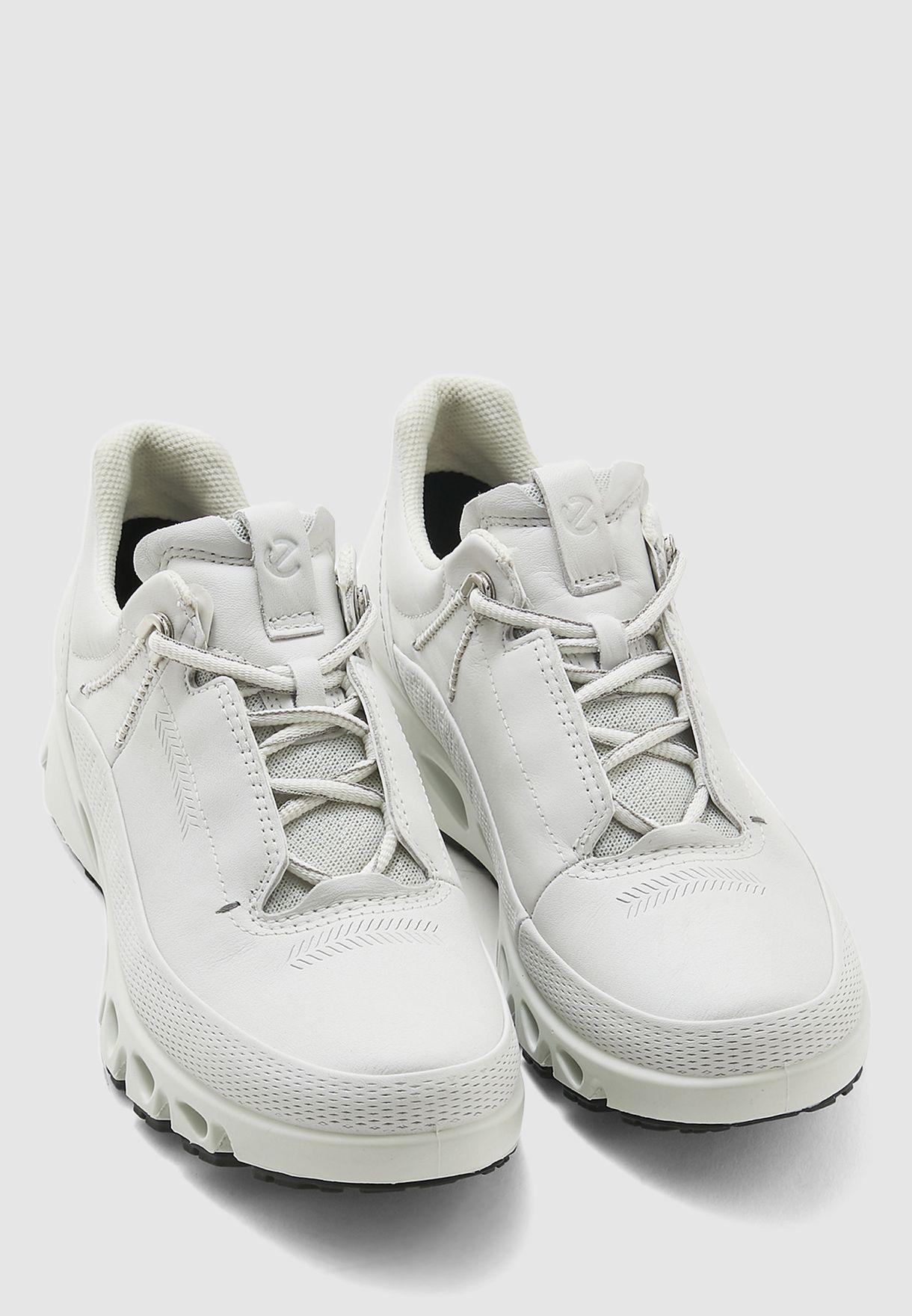 حذاء سنيكرز ملتي فينت