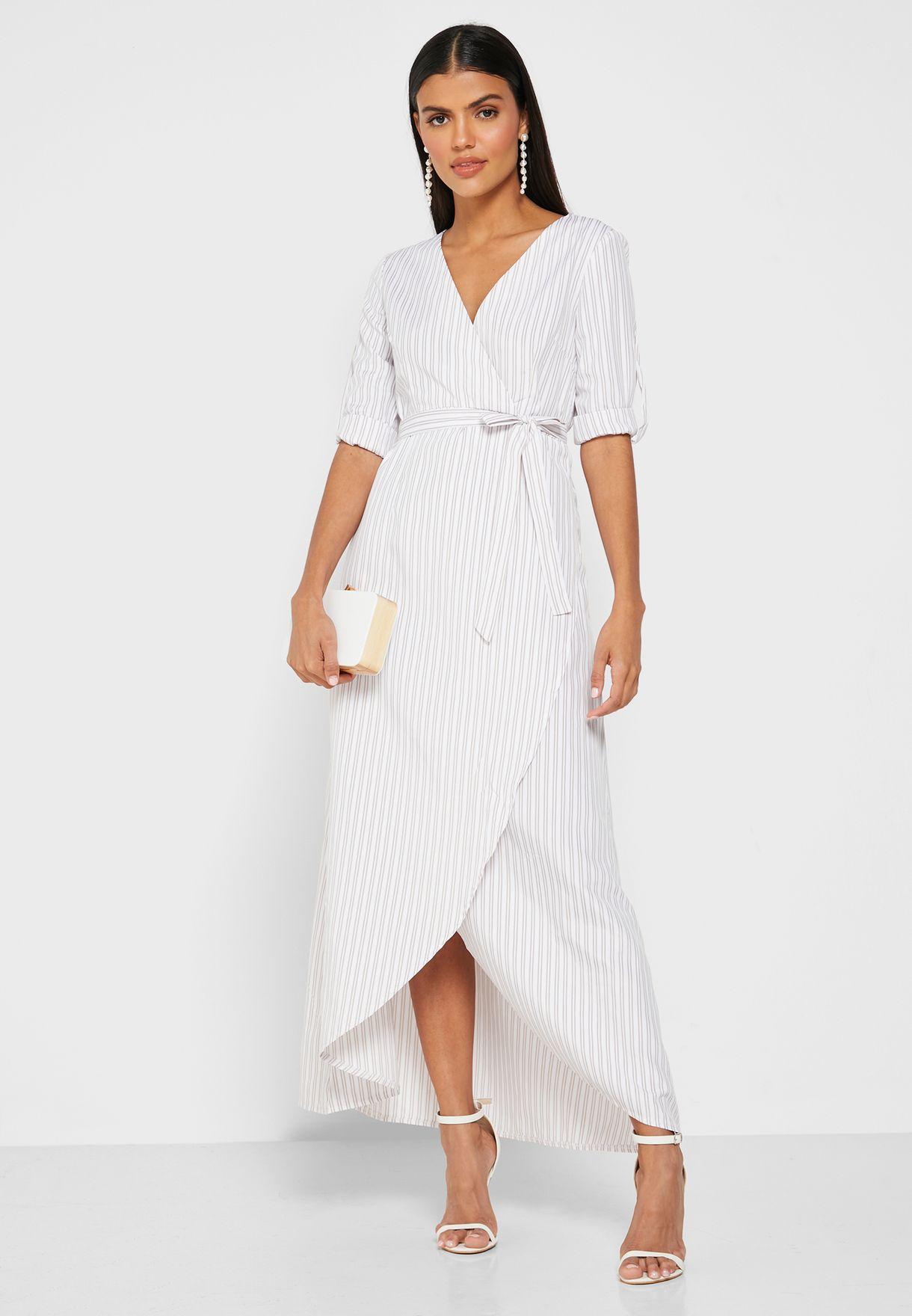 فستان ميدي مخطط بنمط لف