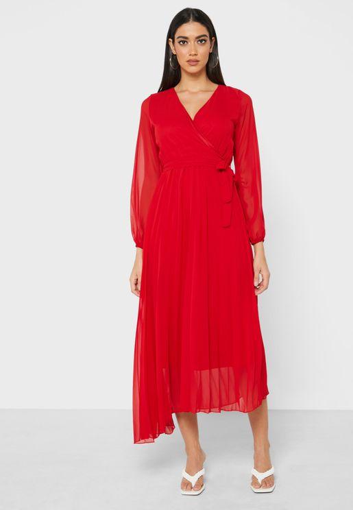 فستان ماكسي بنمط لف
