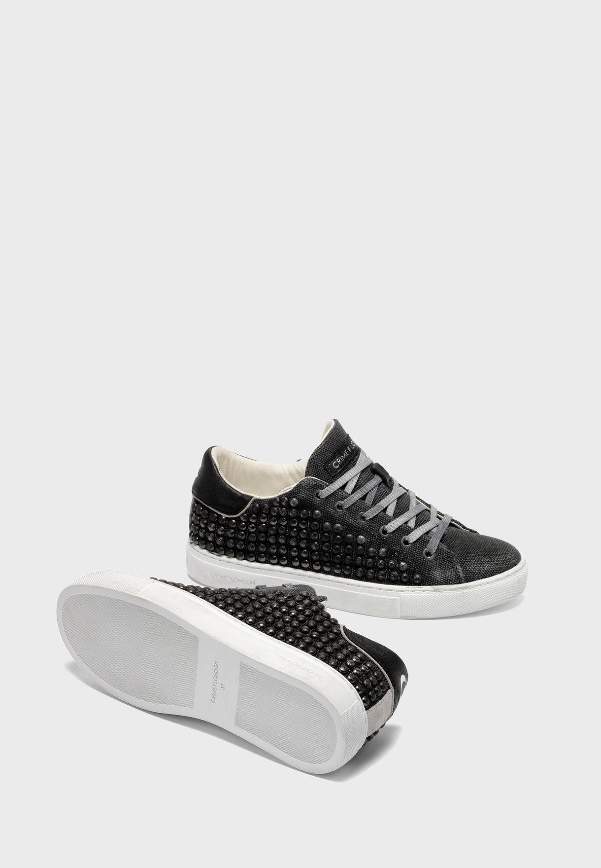 Essential Low Top Sneaker