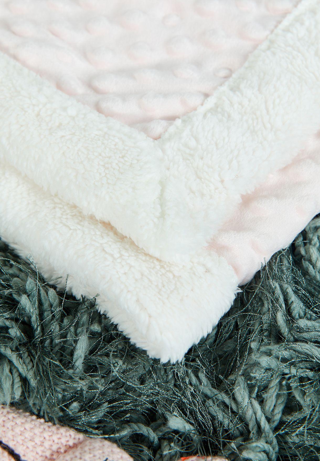 بطانية بنمط وافل