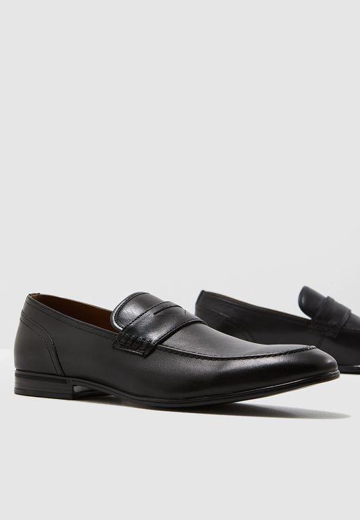 3f5256a22 احذية وجزم جلدية رسمية رجالية 2019 - نمشي السعودية