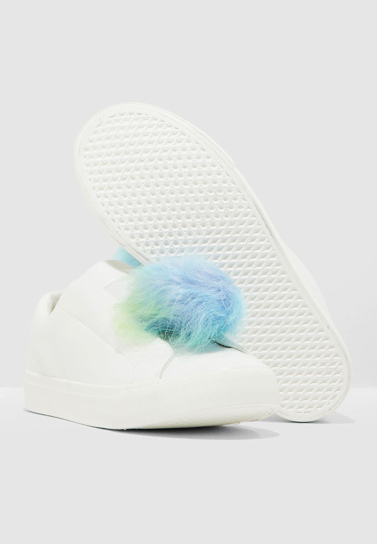 حذاء سهل الارتداء بكرات فروْ