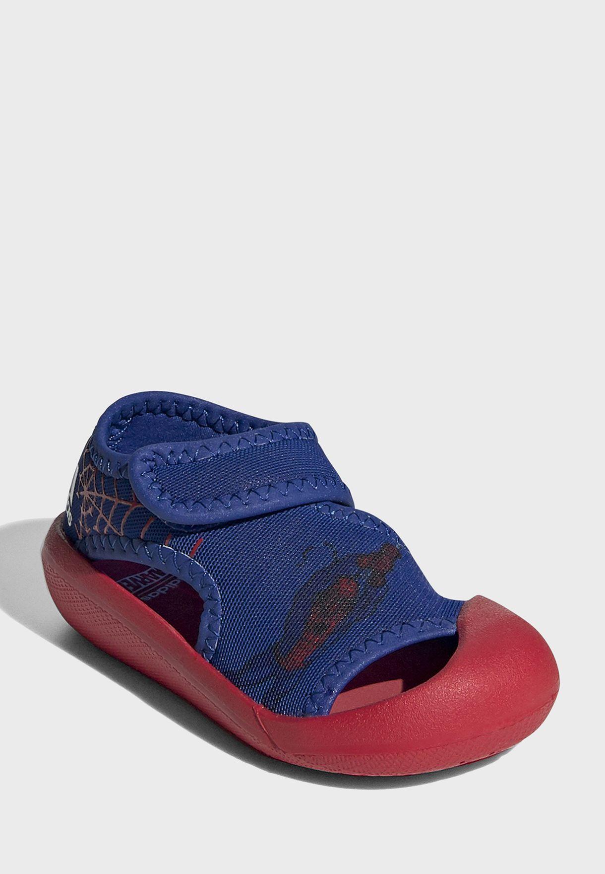 حذاء التافينتشور