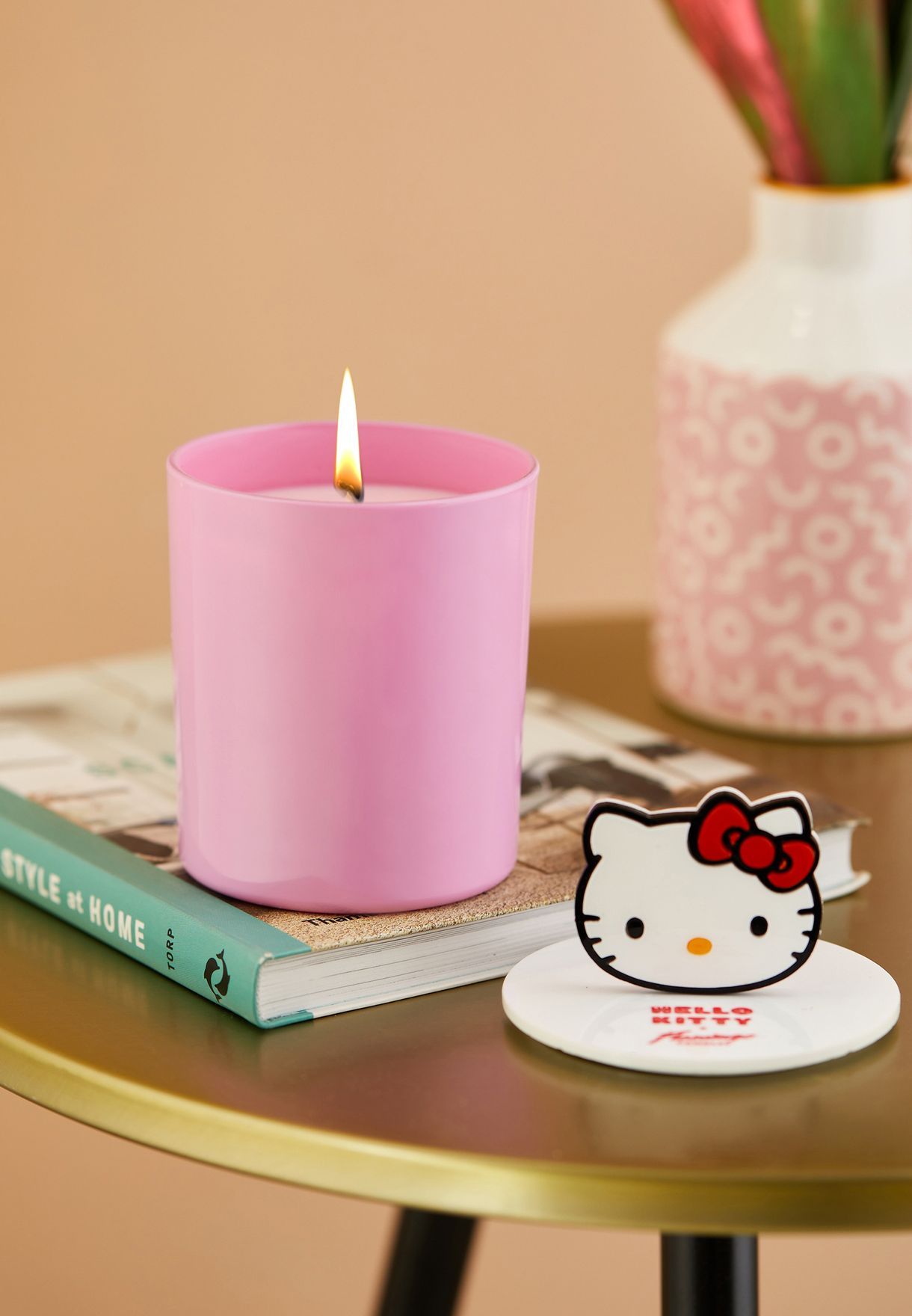 Hello Kitty Apple Pie Icon Top Candle