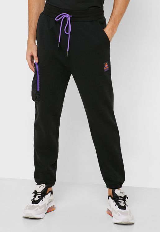 MNTN Sweatpants